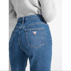 GUESS Super High-Rise 90's Skinny Mom Jeans